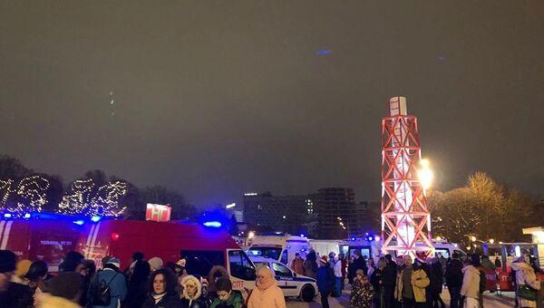Обрушение перехода в парке Горького в Москве