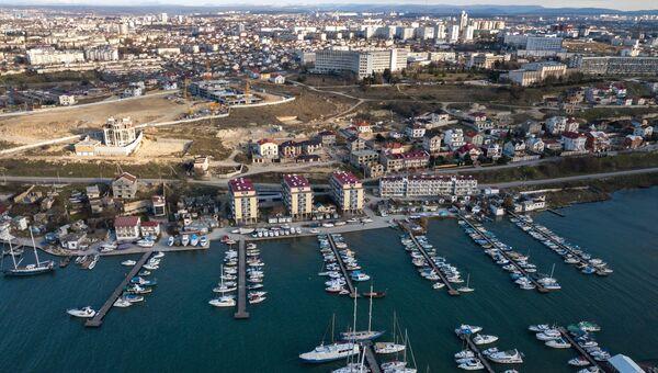 Вид на Стрелецкую бухту в Севастопол