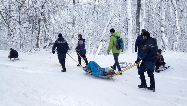 В крымских горах во время зимних развлечений пострадали пять человек.
