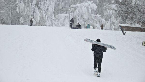 Сноубордисты на склонах Ай-Петри