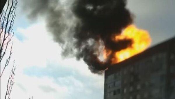Видео взрыва газовых баллонов на крыше дома в Щелкино