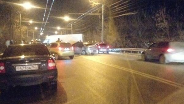 ДТП с участием микроавтобуса и двух легковых автомобилей в Симферопольском районе
