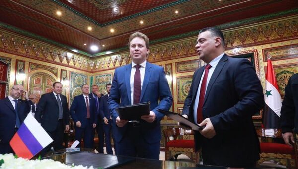 Губернатор Севастополя Дмитрий Овсянников во время визита в Сирию