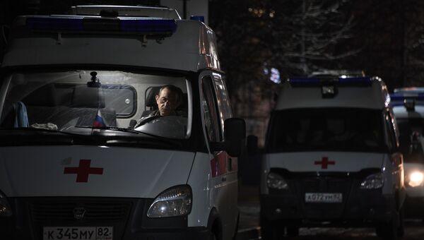 Кареты скорой помощи у Керченской городской больницы №1.22 января 2019