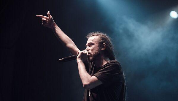 Российский исполнитель Кирилл Толмацкий, известный под сценическим псевдонимом Децл