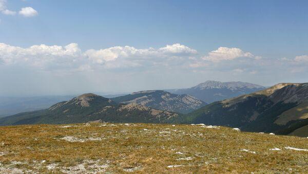 Вид с вершины Роман-Кош в Крыму