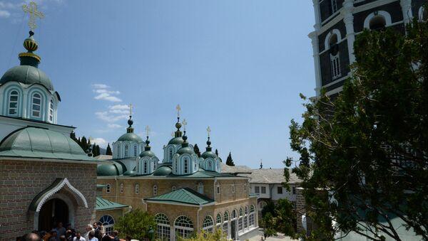 Русский Свято-Пантелеимонов монастырь на территории автономного монашеского государства Святой Горы Афон