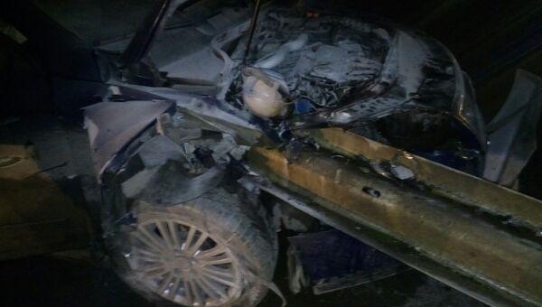 На московской трассе под Симферополь машина врезалась в отбойник