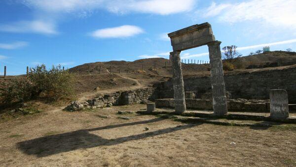 Древнее городище Пантикапей в Керчи