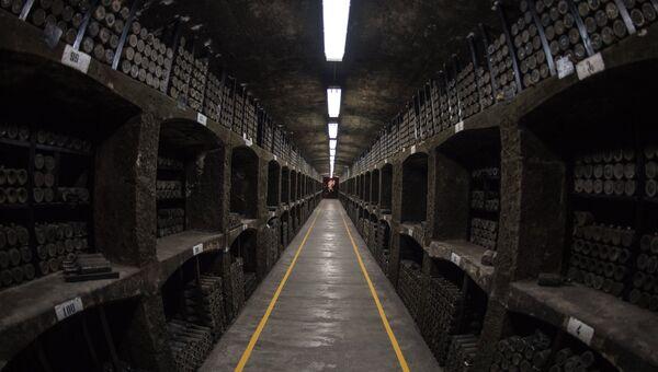 Энотека винодельческого предприятия Массандра в Крыму