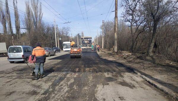 Ремонт дороги на выезде из Симферополя в направлении Ялты