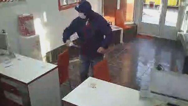Нападение на офис микрозаймов в Симферополе