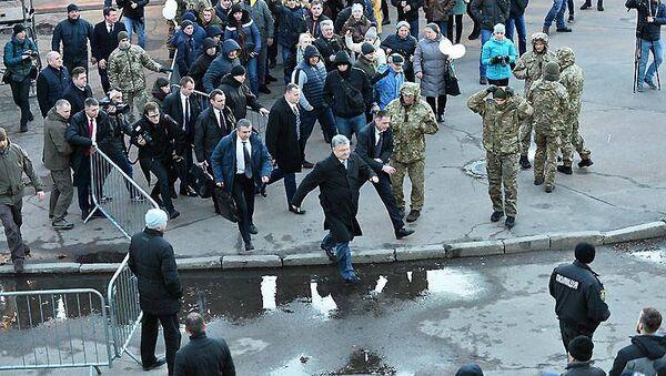 Президент Украины Петр Порошенко на митинге в Житомире
