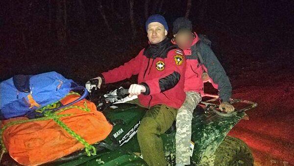 В горах Крыма спасатели оказали помощь получившему травму туристу
