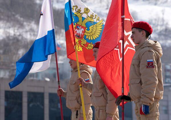 Участники военно-патриотического движения Юнармия во время фестиваля Крымская весна в Петропавловске-Камчатском
