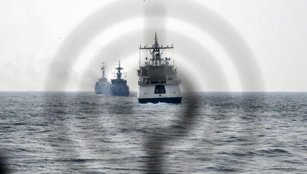 Совместные учения крымских пограничников с авиацией ФСБ и Черноморским флотом. Архивное фото