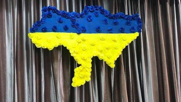 На избирательном участке в Киеве вывесили карту Украины без Крыма и Донбасса