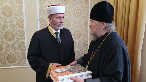 Муфтий мусульман Крыма Эмирали Аблаев и митрополит Симферопольский и Крымский Лазарь