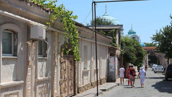 Улица Караимская в Евапатории