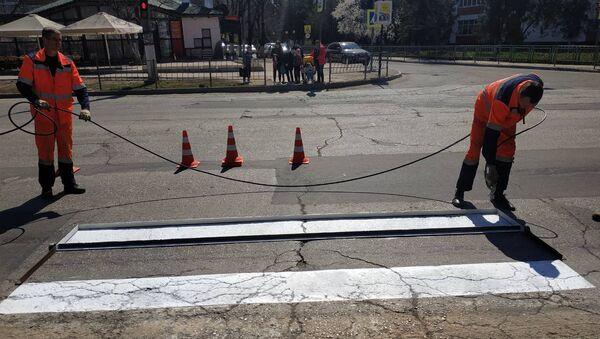 Обновление дорожной разметки в Симферополе