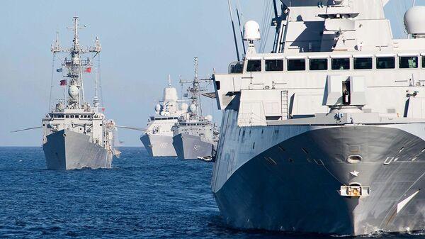 Корабли НАТО, вошедшиедля учений в Черное море
