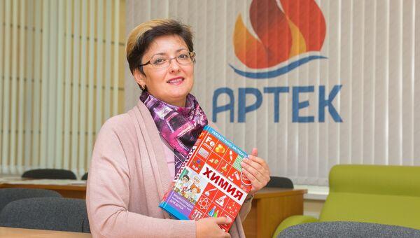 Преподаватель химии школы Международного детского центра Артек Наталья Кайгородцева