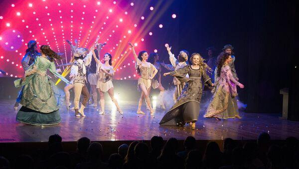 Закрытие первого Открытого фестиваля студенческого театрального искусства Сцена-Молодость-Крым в Ялте