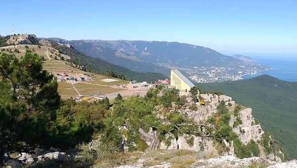 Вид на плато Ай-Петри