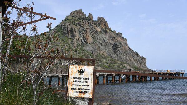 Село Курортное, с которого начинается Карадагская экологическая тропа