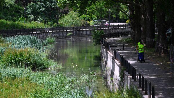 Начало работ по реконструкции набережной реки Салгир в Симферополе