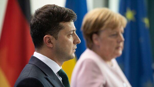 Президент Украины Владимир Зеленский обсудил с канцлером ФРГ Ангелой Меркель