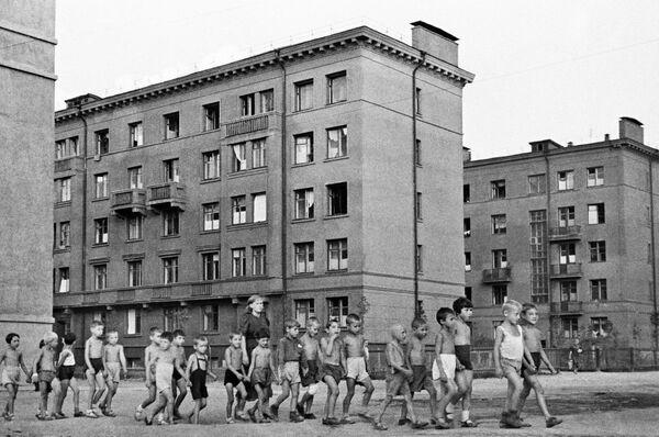 Дети на улицах Москвы, 23 июня 1941 год.