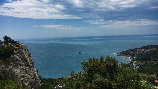 Вид на побережье Южного берега Крыма