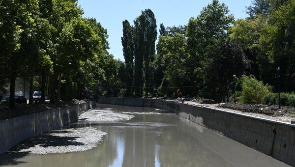 Капитальный ремонт набережной Салгира в Симферополе. 2 июля 2019 года