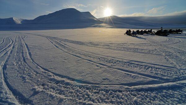 Горы острова Западный Шпицберген. Архивное фото