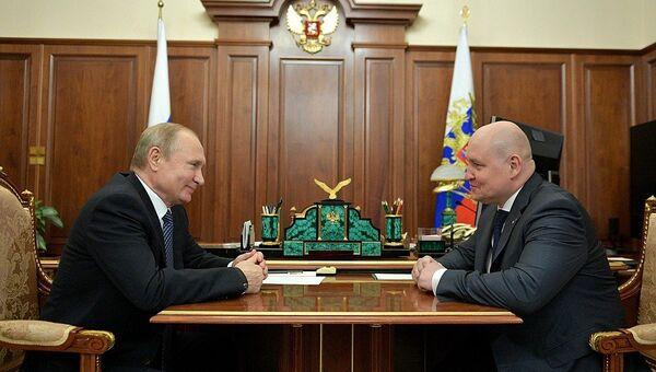 Президент России Владимир Путин на встрече с врио губернатора Севастополя Михаилом Развожаевым