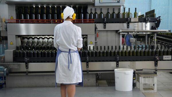 Конвейер на производстве вин