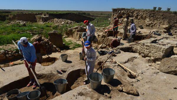 Артезианская археологическая экспедиция в Крыму