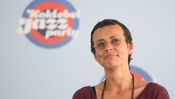 Певица Юлия Чичерина на пресс-конференции в рамках фестиваля Koktebel Jazz Party в Крыму.