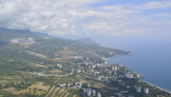 Крым, вид на Партенит и гору Кастель
