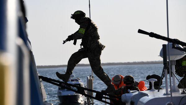 Как уничтожали террористов в Черном море: видео РИА Новости Крым
