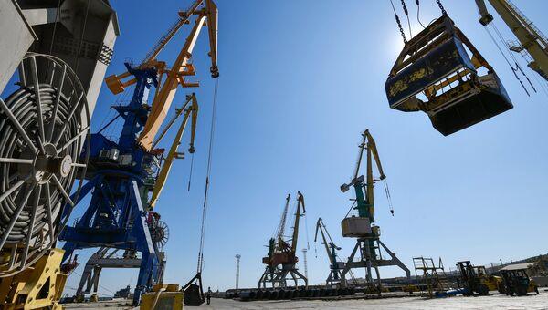 Феодосийский морской торговый порт
