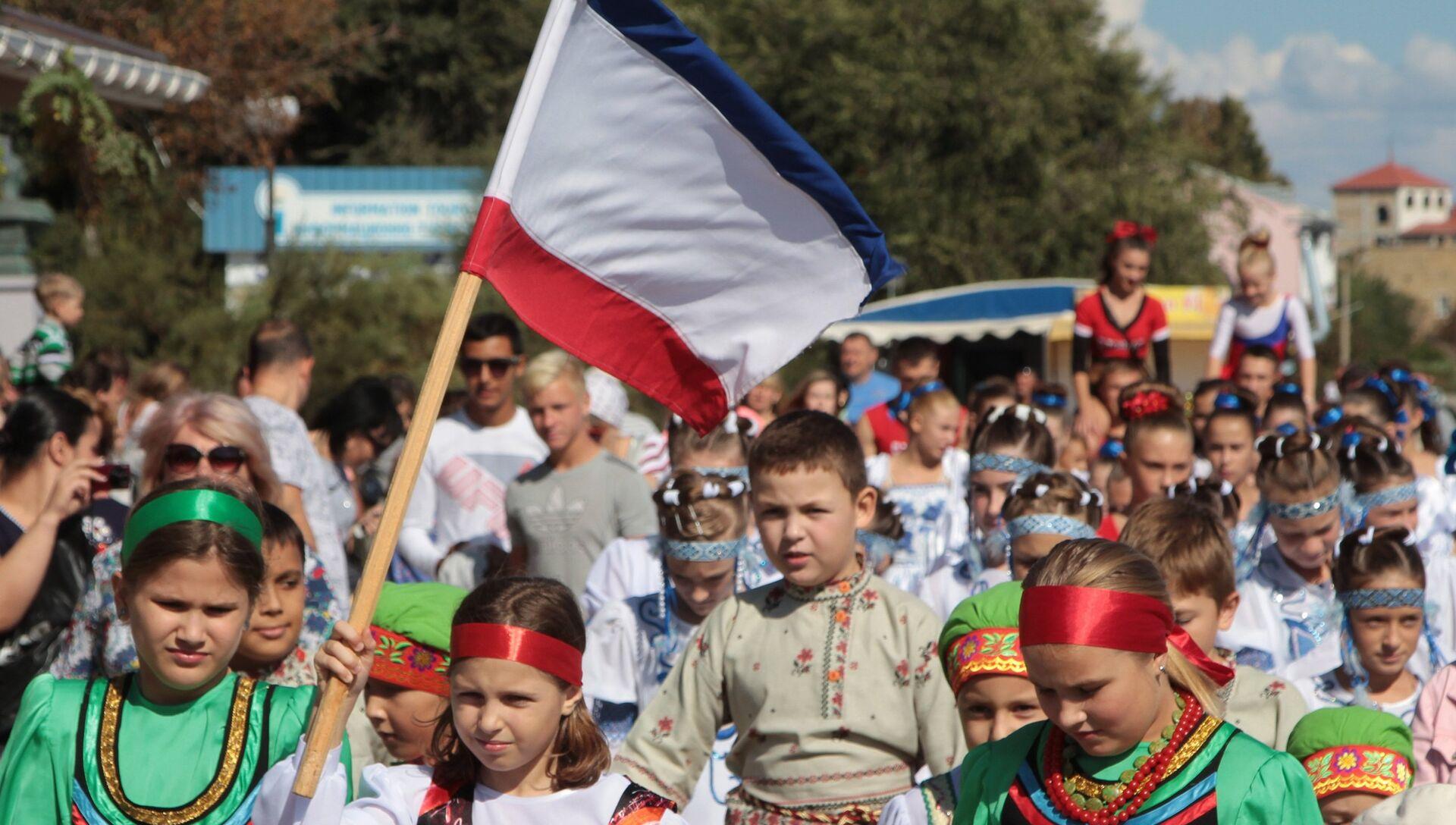 День Государственного герба и Государственного флага Республики Крым - РИА Новости, 1920, 24.09.2019
