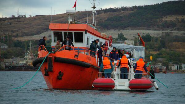 С затонувшего у Феодосии корабля Жан Жорес эвакуировали 6,5 тысяч бомб