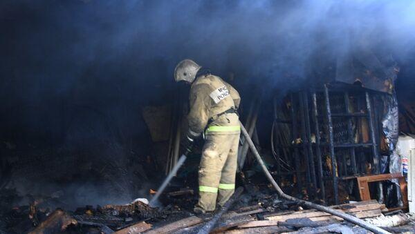 Тушение пожара в Центре спортивной подготовки сборных команд Республики Крым