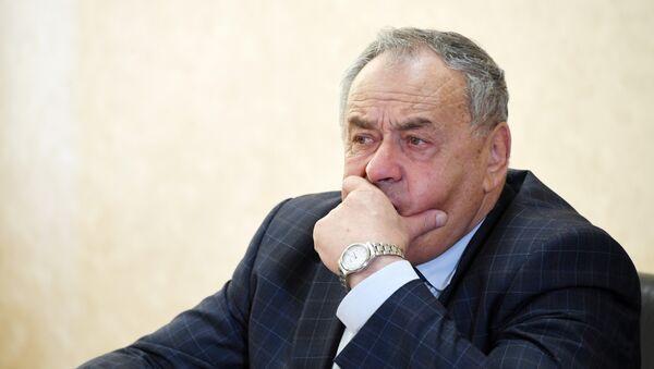 Первый вице-спикер Госсовета РК Ефим Фикс