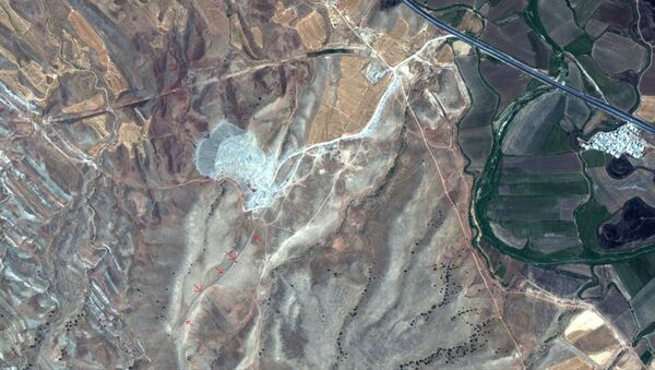 Снимок из космоса древней оборонительной стены в Иране