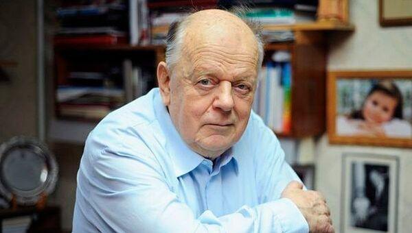 Экс-лидер Белоруссии Станислав Шушкевич. Архивное фото