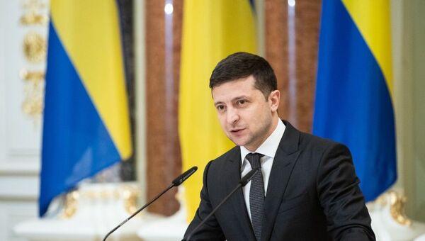 Президент Украины Владимир Зеленский на встрече с премьер-министром Швеции Стефаном Левеном