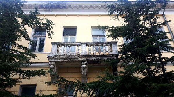 Балкон дачи Вооза (или Хаджи) в Феодосии